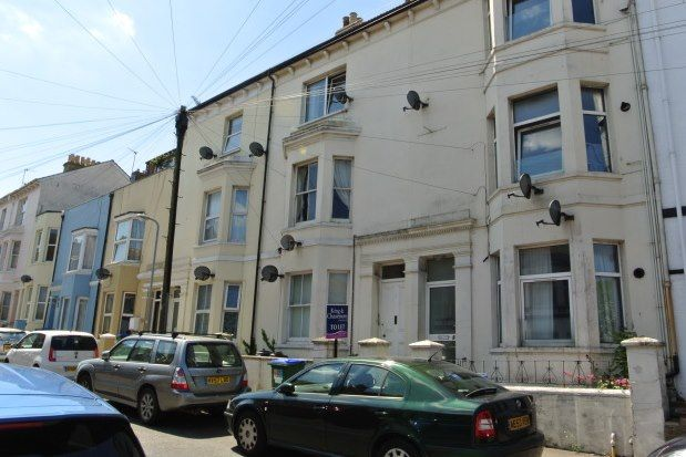 Thumbnail Flat to rent in 11 Meeching Road, Newhaven
