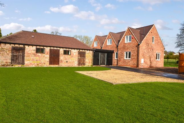 Thumbnail Detached house for sale in Eaves Green Lane, Meriden, Coventry