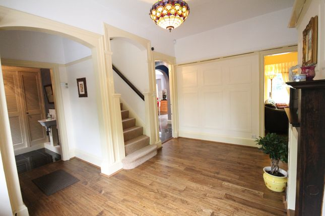 Thumbnail Barn conversion to rent in Sherwood Park Road, Mitcham