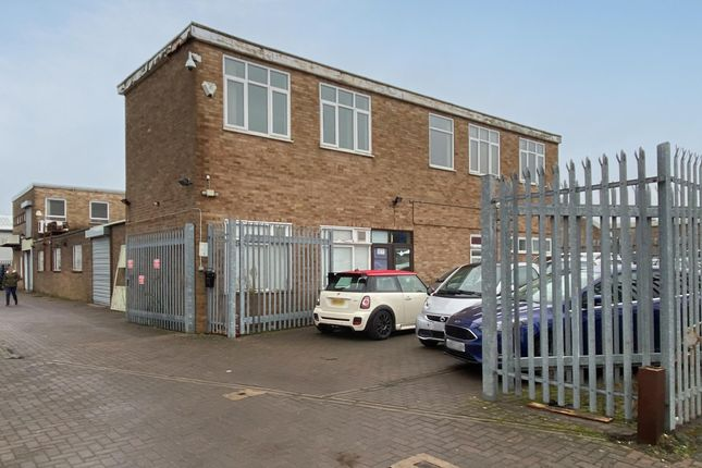 Thumbnail Industrial to let in 6 Lupton Road, Wenman Road, Thame