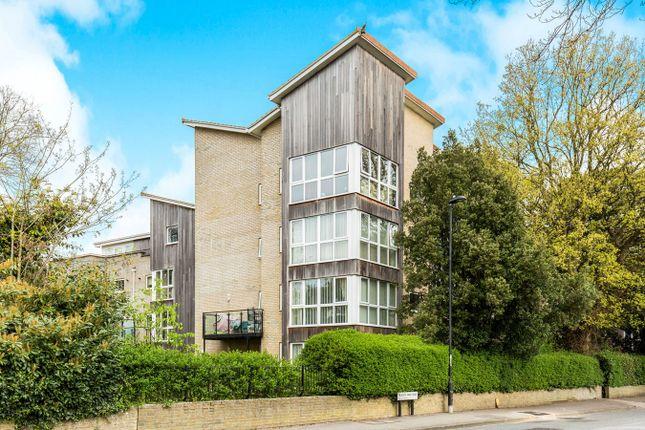 Thumbnail Flat for sale in Regents Park Road, Regents Park, Southampton