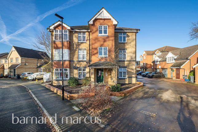 Thumbnail Flat for sale in Avondale Gardens, Hounslow