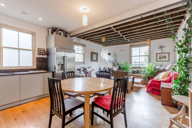 Thumbnail Maisonette to rent in Swaby Road, Earlsfield