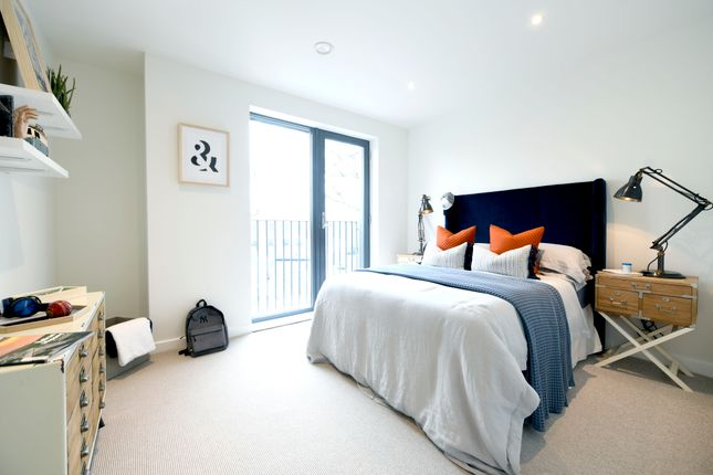 Thumbnail Town house for sale in Cambium, Victoria Drive, Southfields