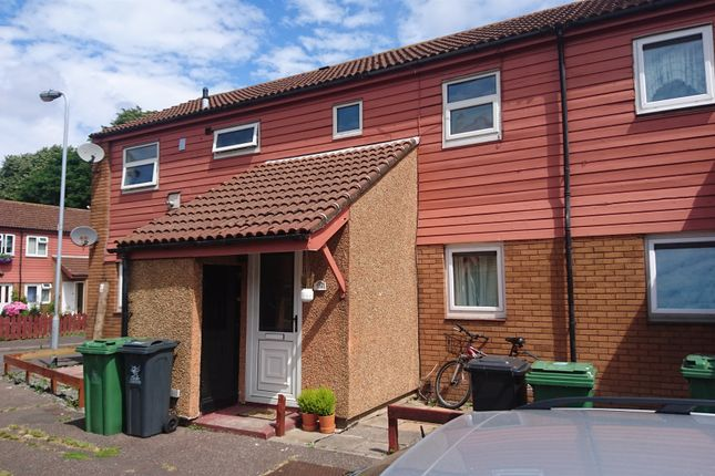 2 bed flat for sale in Taff Embankment, Grangetown, Cardiff