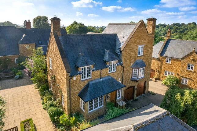 Thumbnail Country house for sale in 3 Walford Road, Sibford Ferris, Banbury, Oxfordshire