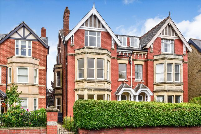 Thumbnail Semi-detached house for sale in Bath Road, Old Town, Swindon, Wiltshire
