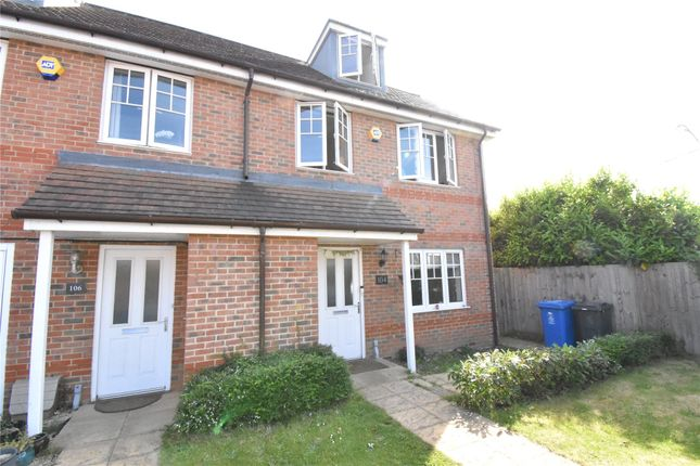 Thumbnail Town house to rent in Larchfield Road, Maidenhead, Berkshire