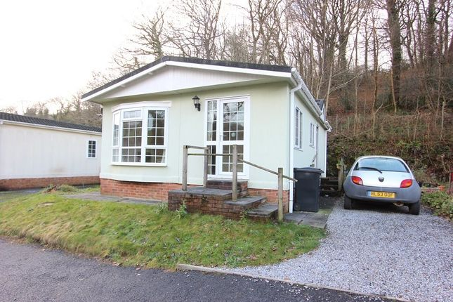 Thumbnail Mobile/park home for sale in Ashburton Park, Waterleat, Ashburton