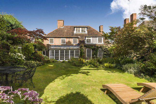 Thumbnail Property to rent in Wildwood Road, Hampstead Garden Suburb