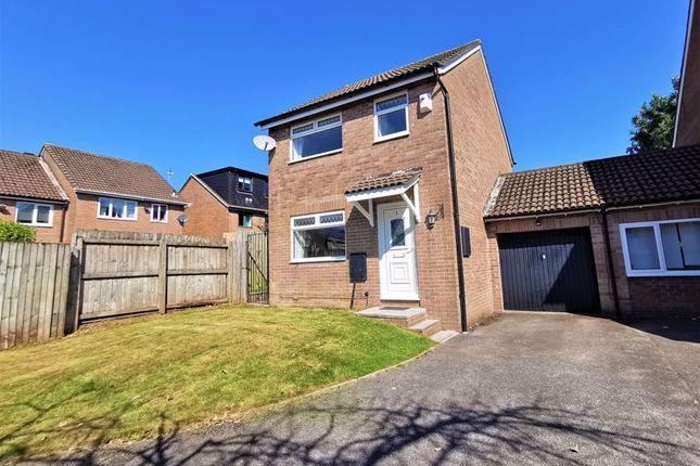 Thumbnail Detached house for sale in Amber Close, Pontprennau, Cardiff