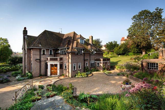 Thumbnail Detached house for sale in Mount Pleasant, St. Albans, Hertfordshire