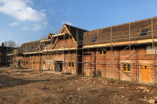 Thumbnail Barn conversion for sale in Humber Lane, Preston On The Weald Moors, Telford