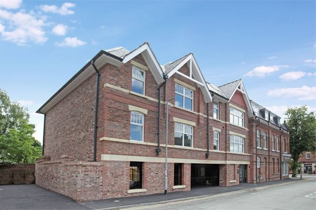 Thumbnail Flat to rent in Stevens Street, Alderley Edge, Cheshire