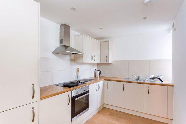 Thumbnail Flat to rent in Sandringham Road, London