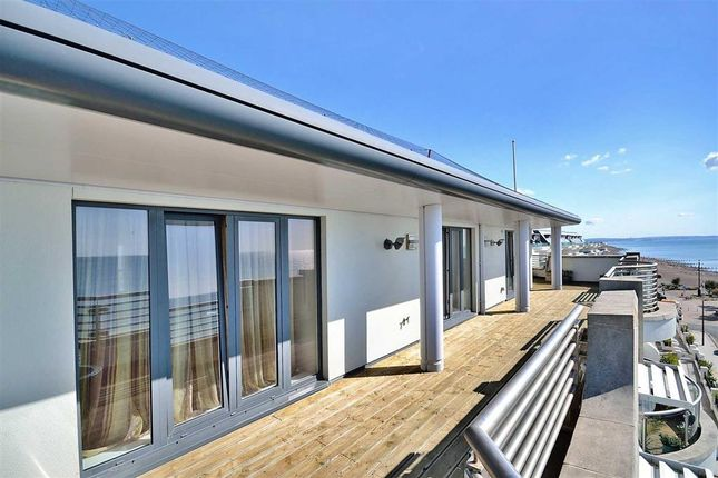 Thumbnail Flat for sale in Steyne Gardens, Worthing, West Sussex