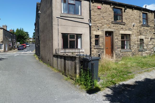 Thumbnail Flat to rent in Market Street, Hollingworth
