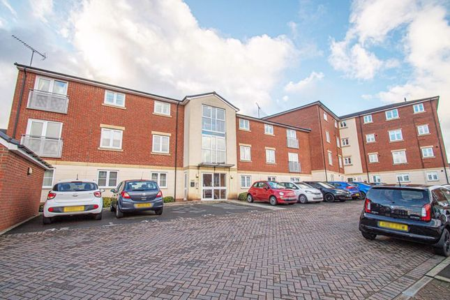 2 bed flat for sale in Dixon Close, Enfield, Redditch B97