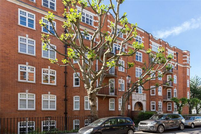 Thumbnail Flat for sale in Abingdon Villas, Kensington, London