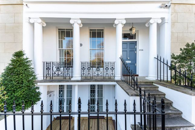 Thumbnail Property for sale in St Peters Square, Hammersmith, London