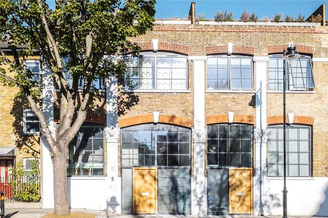 Thumbnail Terraced house for sale in Elizabeth Avenue, London