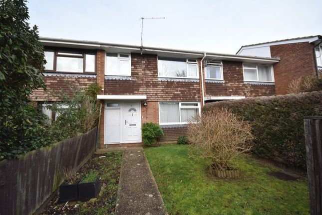 Thumbnail Terraced house to rent in Lyall Place, Farnham