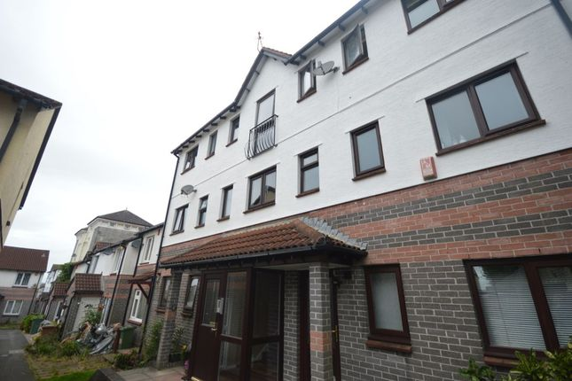 Thumbnail Flat for sale in Washbourne Close, Plymouth