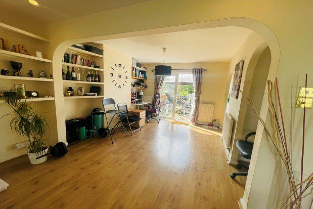 Thumbnail Property to rent in East Barnet, Barnet