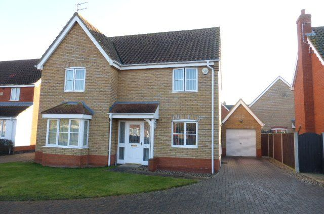 Thumbnail Detached house to rent in Seafields Drive, Hopton, Great Yarmouth