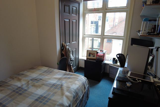 5 bed flat to rent in Bank Street Lincoln LN2