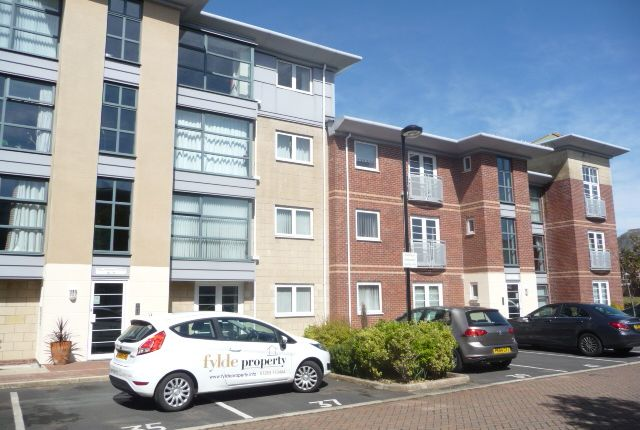 2 bed flat to rent in Bailey Avenue, Lytham St.Annes