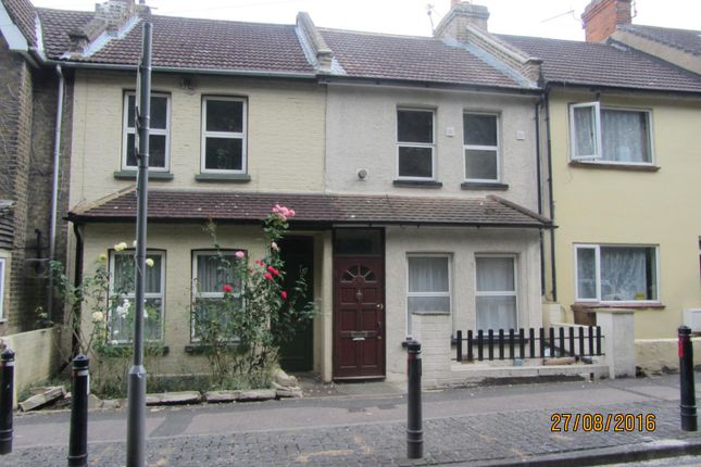 Thumbnail Semi-detached house to rent in Boundary Road, Chatham, Kent