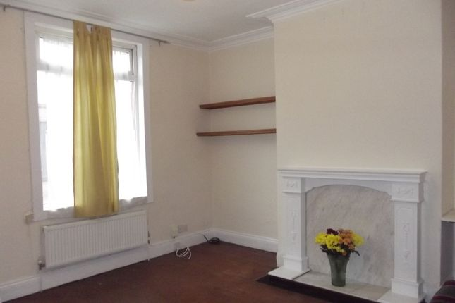 Thumbnail Terraced house to rent in Dobson Avenue, Leeds