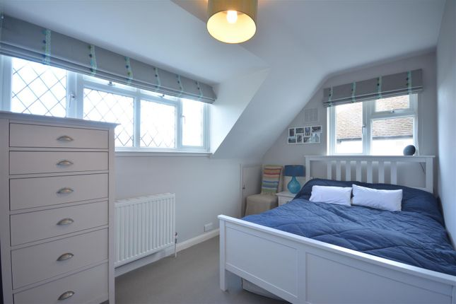 Bed 3 of Pine Hill, Epsom KT18