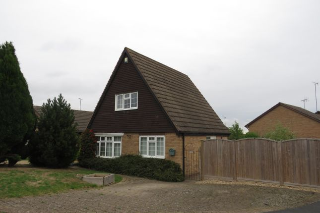 Thumbnail Bungalow to rent in Cleeve Hill Gardens, Waterthorpe, Sheffield