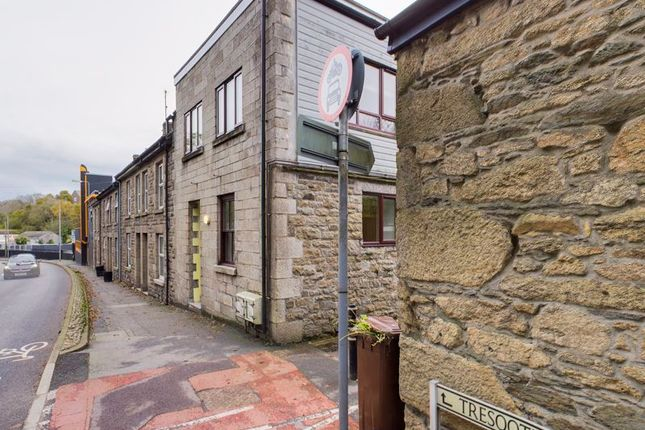 1 bed flat for sale in Tresooth Lane, Penryn TR10