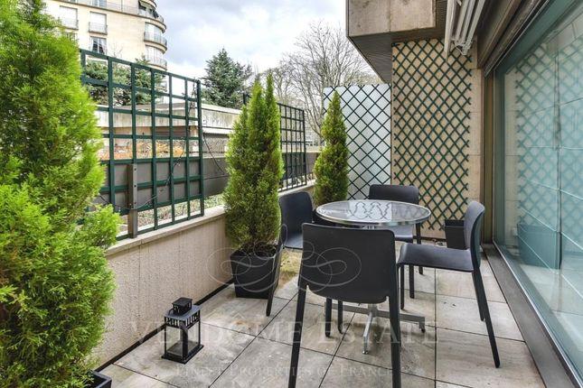 Terrace of 75016 Paris, France