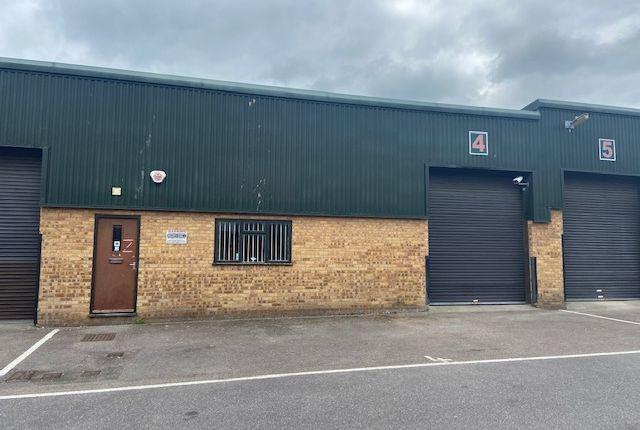 Thumbnail Warehouse to let in Vincients Road, Chippenham