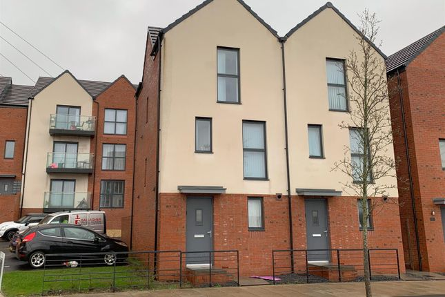 Thumbnail Detached house to rent in Langdon Road, St. Thomas, Swansea