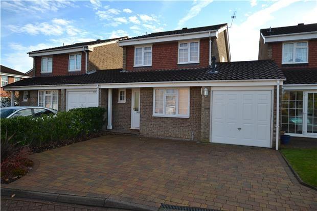 Thumbnail Property to rent in Greenacres Close, Orpington, Kent
