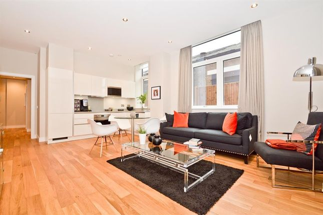 Thumbnail Flat for sale in Frazier Road, Perivale