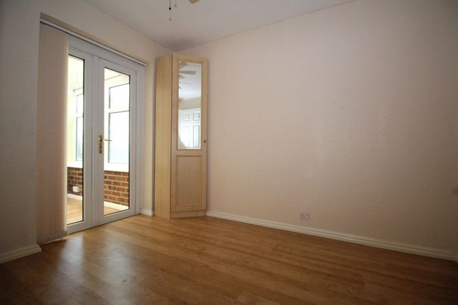 Thumbnail Bungalow to rent in Grasmere Road, Kennington, Ashford