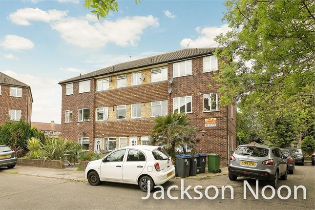 Thumbnail Maisonette for sale in May Close, Chessington