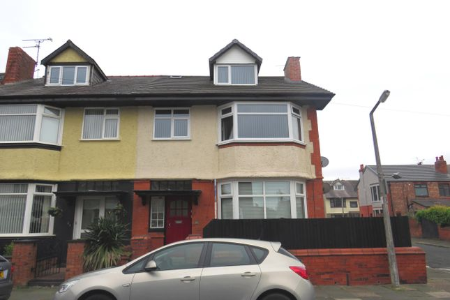 Thumbnail Flat to rent in Malpas Road, Wallasey