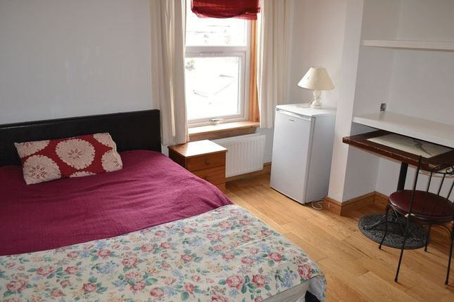 Thumbnail Room to rent in Ross Street, Cambridge