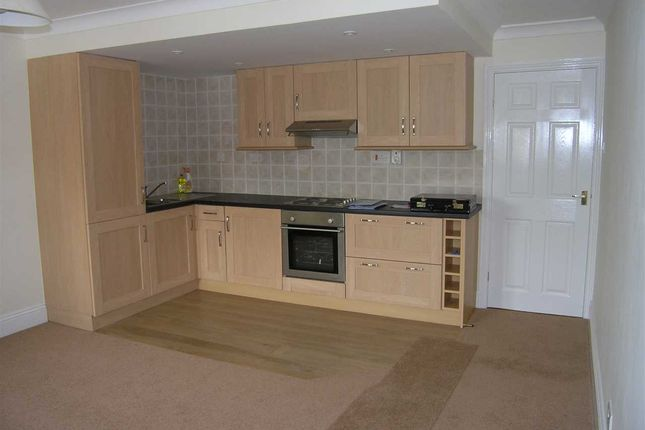 Thumbnail Flat to rent in Lambourne Rise, Bottesford, Scunthorpe