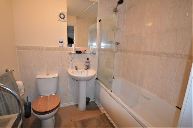 Bathroom of Newarth Drive, Lymm WA13