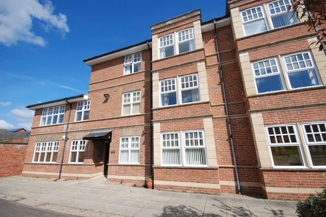 Thumbnail Flat for sale in Hawthorn Road, Gosforth, Newcastle Upon Tyne