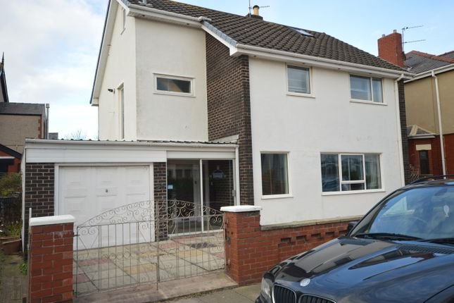 Thumbnail Detached house to rent in Kingston Avenue, Blackpool