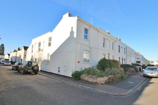2 bed maisonette for sale in Upper Norwood Street, Cheltenham